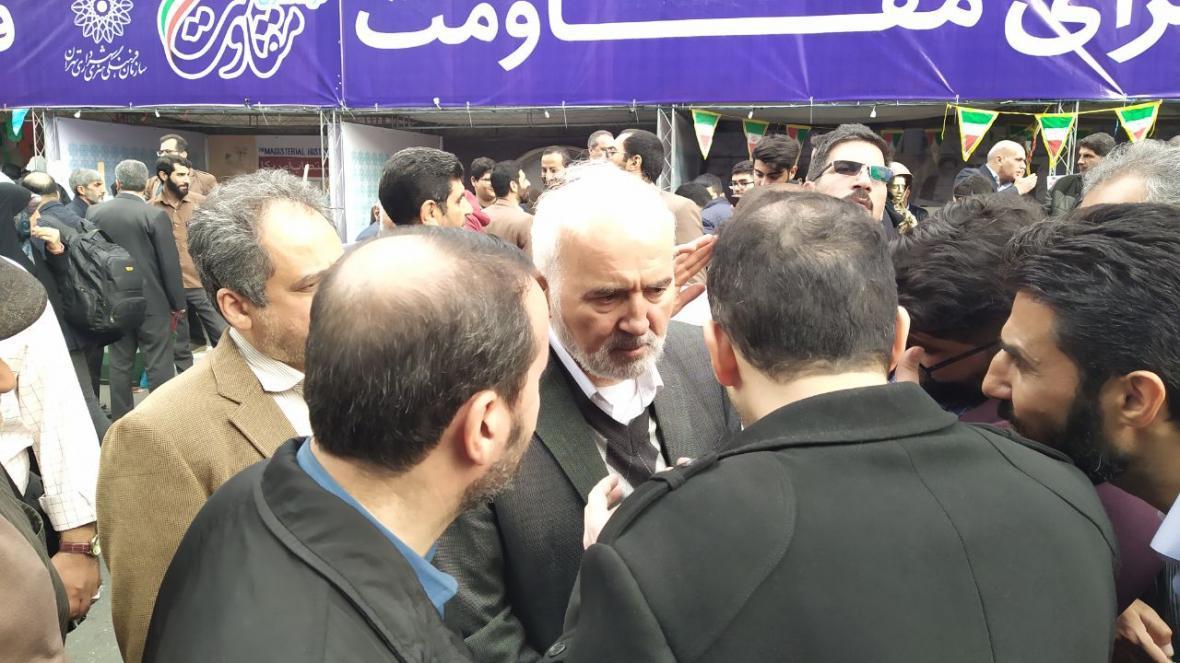 بزرگترین تهدید جمهوری اسلامی فساد است ، لانه جاسوسی فتح نمی شد در جنگ شکست می خوردیم