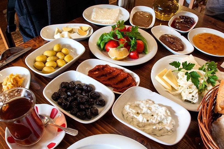 یک وعده صبحانه در استانبول