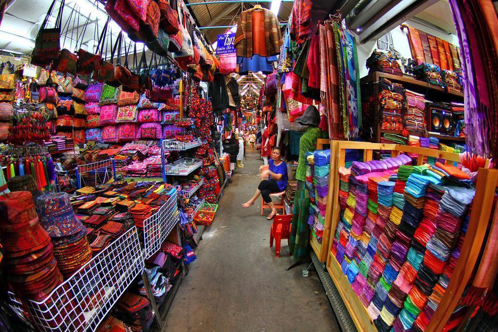 بازار آخر هفته چاتوچاک در بانکوک , تایلند