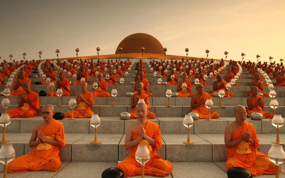 بازدید از بزرگترین معبد جهان در تور تایلند
