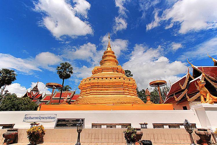 معبد Wat Phra Si Chom Thong Worawihan چیانگ مای