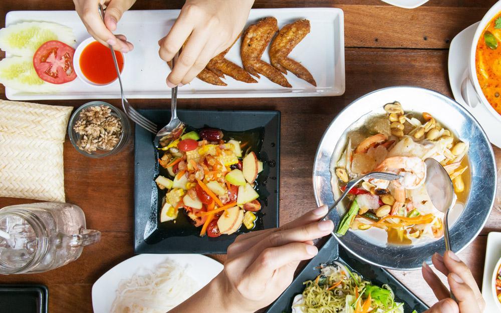 آداب غذا خوردن در تور تایلند