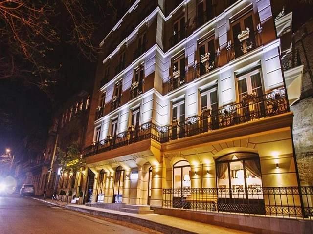 هتل آرت بوتیک تفلیس و عکس و رزرو