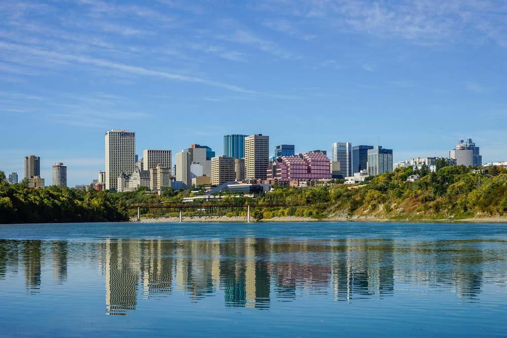 21 شهر برتر کانادا برای جوانان جویای کار