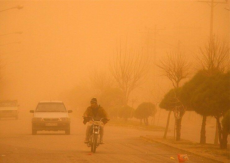 خبرنگاران گرد و غبار نفس اهالی شرق کرمان را به شماره انداخت