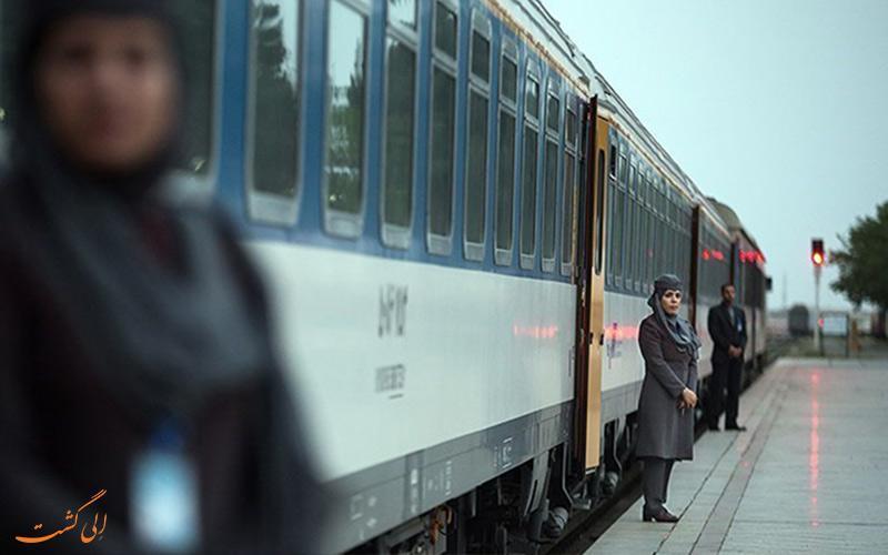 معرفی قطار 4 ستاره و ارزان قیمت پلور سبز یا امید رجا!