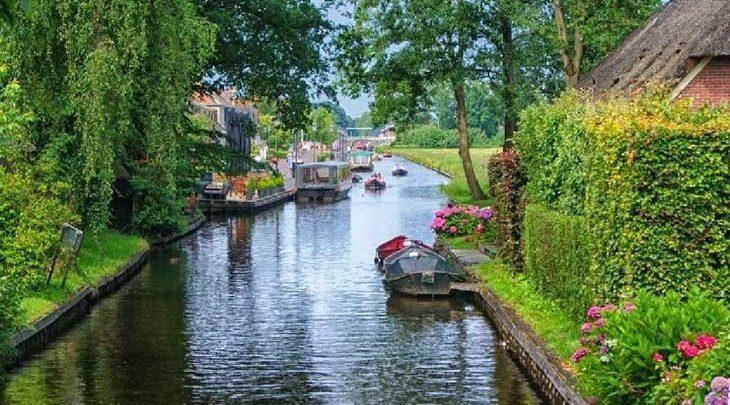 شهری زیبا در هلند که به جای خیابان، کانال آب دارد!، تصاویر