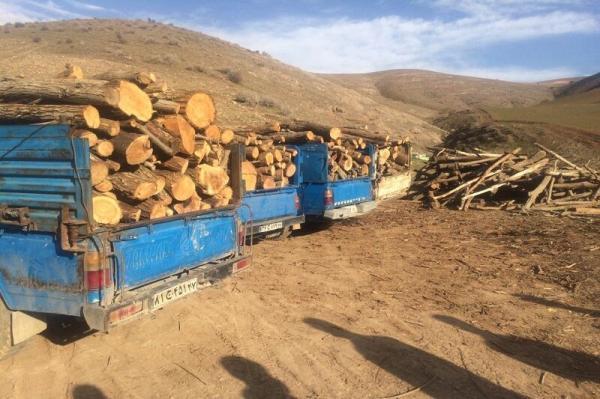 خبرنگاران 6 تُن چوب قاچاق در مهاباد کشف شد