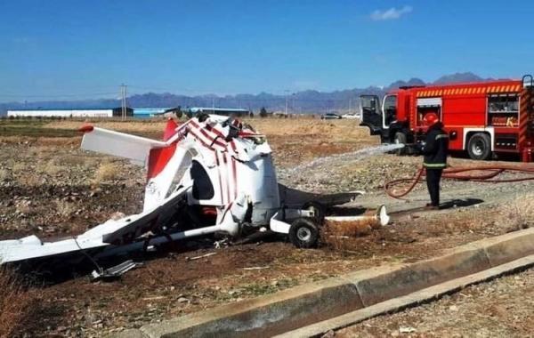 جزئیات سقوط هواپیمای فوق سبک آموزشی در اراک