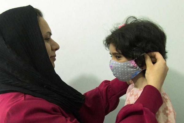 استفاده از ماسک بچه ها را در معرض خطر دی اکسیدکربن قرار می دهد